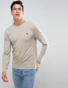 Бежевый обтягивающий лонгслив с вышивкой Abercrombie & Fitch - Бежевый
