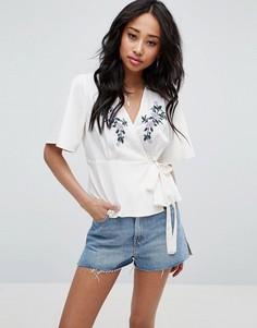 Блузка с запахом и вышивкой ASOS - Белый