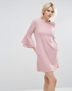 Платье с расклешенными рукавами Miss Selfridge - Розовый