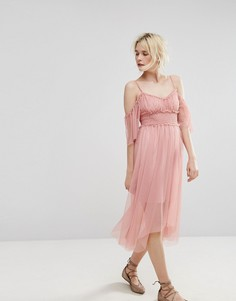Платье с откытыми плечами и сеткой Miss Selfridge - Розовый