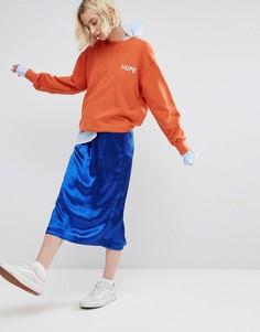 Атласная юбка-трапеция миди с эффектом металлик STYLENANDA - Синий