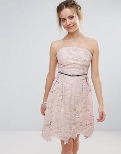 Кружевное платье для выпускного с поясом Little Mistress - Розовый