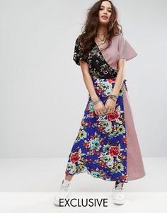 Платье макси с запахом и эклектичным принтом Reclaimed Vintage Inspired - Мульти