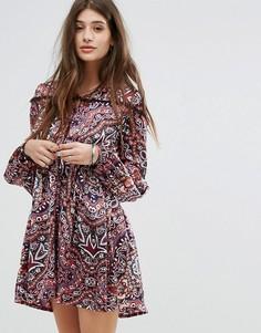 Свободное платье с принтом пейсли Boohoo - Мульти