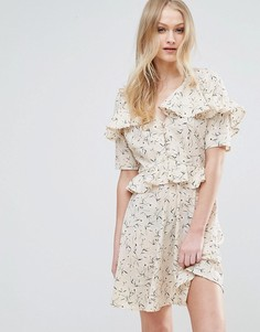 Чайное платье с оборками Influence - Кремовый