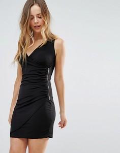 Облегающее платье с V-образным вырезом Wal G - Черный