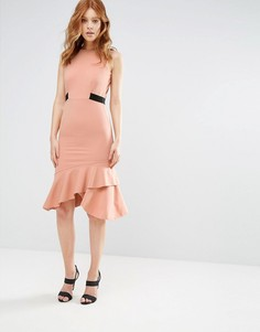 Платье-футляр с баской по краю и контрастным поясом City Goddess - Бежевый