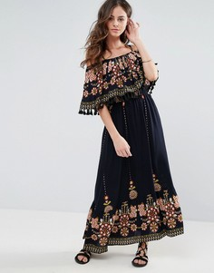 Платье макси с вышивкой, принтом и кисточками Boohoo - Черный