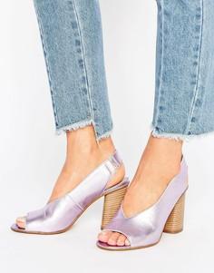 Кожаные босоножки на каблуке ASOS TALKATIVE - Фиолетовый