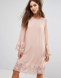 Свободное платье с вышивкой ришелье Y.A.S - Розовый