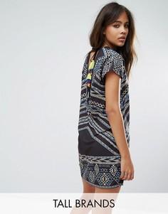 Цельнокройное платье с ацтекским принтом и кисточками на спине Noisy May Tall - Мульти