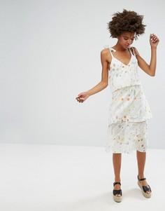 Многослойное платье миди с цветочным принтом Monki - Белый