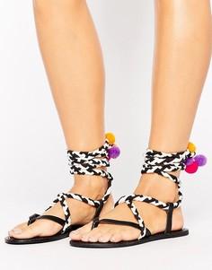 Кожаные сандалии с помпонами ASOS FAMILIAR - Мульти