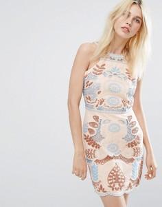 Кружевное платье с вырезом J.O.A - Розовый J.O.A.