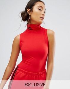 Топ с отворачивающимся воротником и логотипом Ellesse - Красный