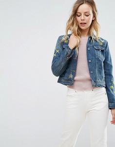Джинсовая куртка с вышивкой QED London - Синий
