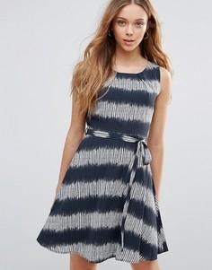 Платье в полоску с поясом Yumi - Мульти
