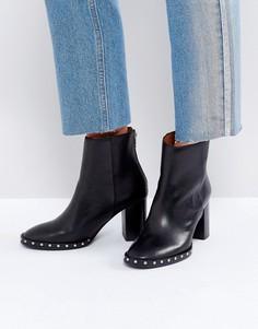 Ботинки на каблуке с заклепками AllSaints Ines - Черный