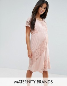 Трикотажное платье с кружевной вставкой Mamalicious - Розовый Mama.Licious