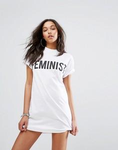 Платье-футболка с надписью Feminist Boohoo - Белый