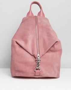 Замшевый рюкзак с карабинным замком ASOS - Розовый