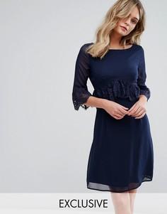 Свободное платье с кружевной отделкой Elise Ryan - Темно-синий