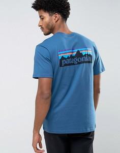 Синяя футболка классического кроя с логотипом на спине Patagonia P-6 - Синий