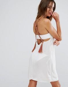 Свободное пляжное платье с неоновой плетеной отделкой и кисточками ASOS - Кремовый