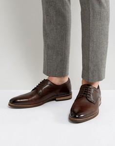 Коричневые кожаные туфли дерби с тисненой отделкой ASOS - Коричневый
