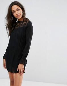 Свободное плиссированное платье с кружевом Boohoo - Черный