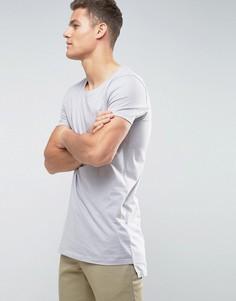 Удлиненная футболка с овальным вырезом и ступенчатым краем ASOS - Серый