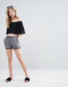 Шорты с кружевной отделкой New Look - Серый