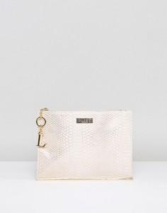 Клатч из искусственной крокодиловой кожи с серебристой отделкой и декоративной планкой Lipsy - Серебряный