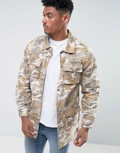Джинсовая куртка песочного цвета с камуфляжным принтом и рваной отделкой Liquor & Poker - Бежевый