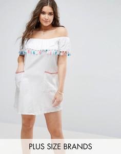 Платье с открытыми плечами и отделкой кисточками Boohoo Plus - Белый
