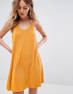 Плиссированное платье на бретельках Weekday - Оранжевый