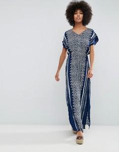 Платье макси с перекрестами на спине и принтом B.Young - Синий