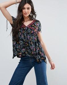 Блузка с цветочным принтом Free People Escapades - Черный