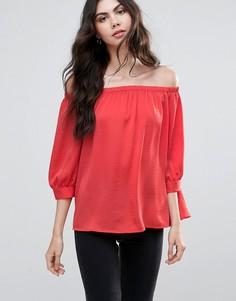 Блузка с открытым плечом Vero Moda - Красный