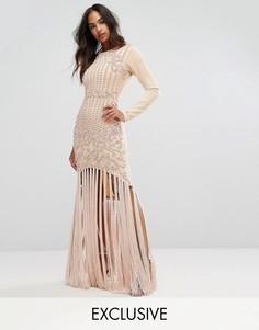 Платье-футляр с отделкой из искусственного жемчуга в стиле барокко и кисточками A Star Is Born - Розовый