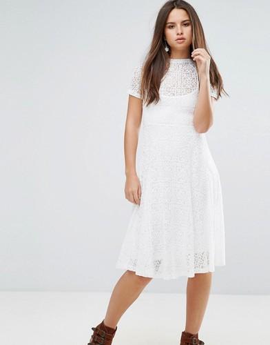 Кружевное расклешенное платье миди с подкладкой-комбинацией Goldie Romantics - Кремовый