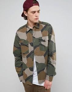 Рубашка навыпуск с камуфляжной отделкой ASOS - Зеленый