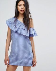 Цельнокройное платье на одно плечо с оборками Boohoo - Синий