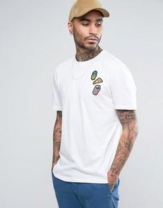Свободная футболка с нашивками на груди ASOS - Белый