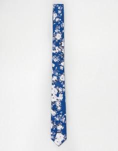 Узкий галстук с синим цветочным принтом ASOS - Синий