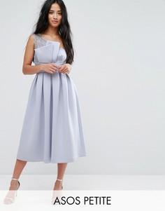 Платье миди на одно плечо для выпускного с кружевом ASOS PETITE PREMIUM - Синий