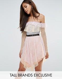 Кружевное платье мини с открытыми плечами и поясом True Decadence Tall - Мульти