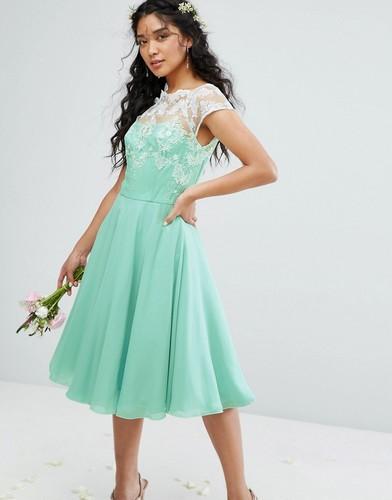 Пышное платье миди с вышивкой металлик Chi Chi London - Зеленый