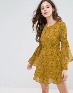 Короткое приталенное платье из шифона Boohoo - Желтый