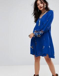 Платье мини с вышивкой Free People - Синий